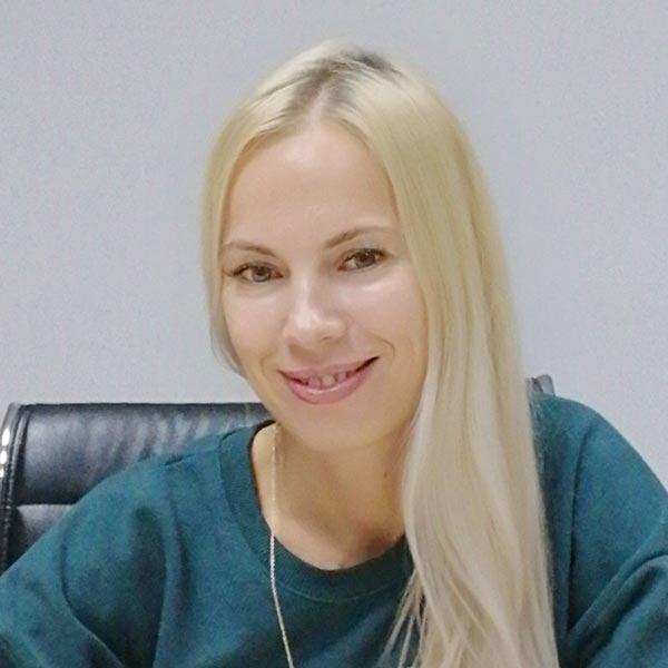 Афанасьева Анна - преподаватель курсов английского языка в Самаре